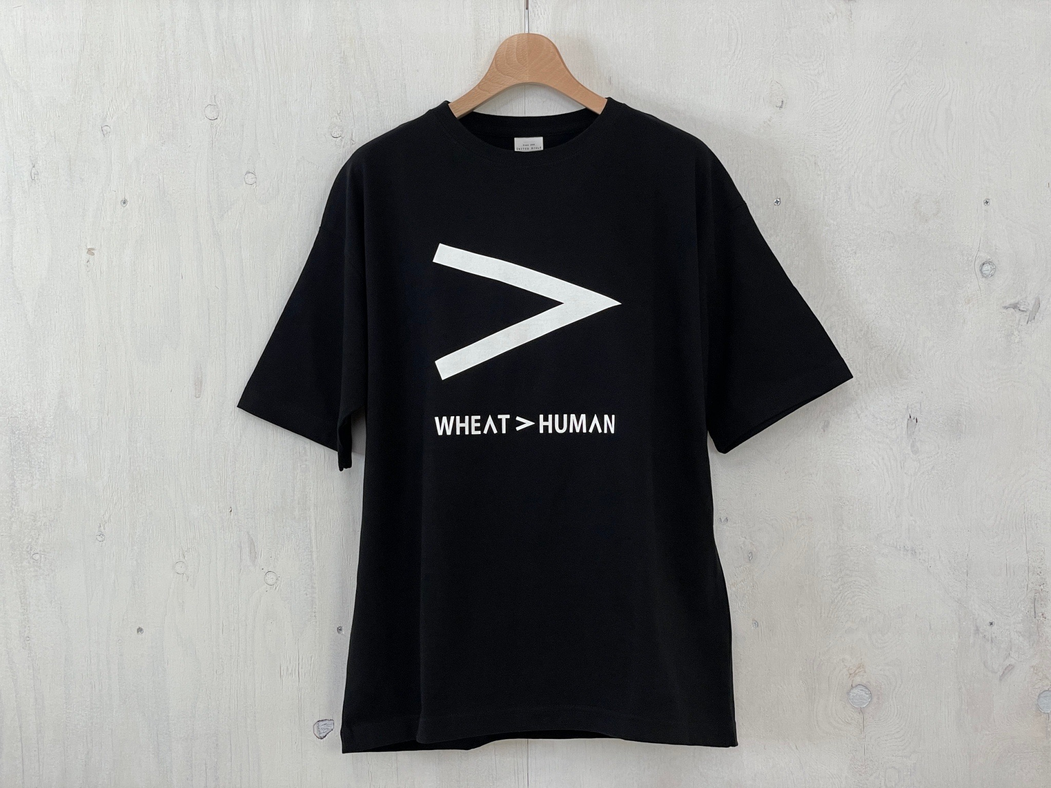 http://小麦の奴隷x%20ARTS%20&%20WORKSコラボTシャツ